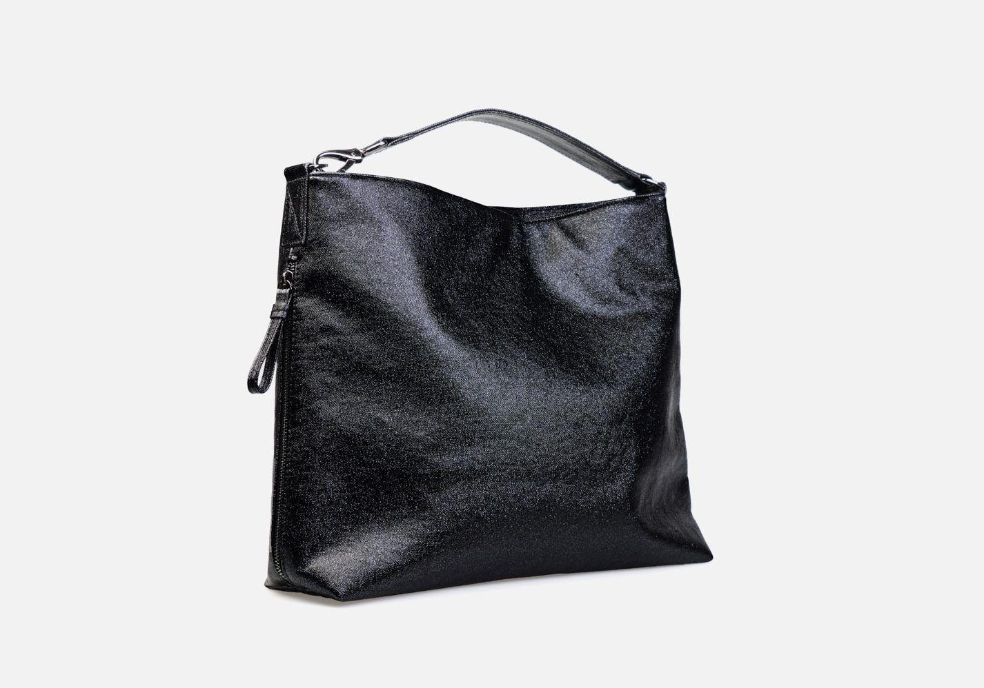 Bolso en tejido laminado con aspecto metalizado – Modelo Beethoven en color negro