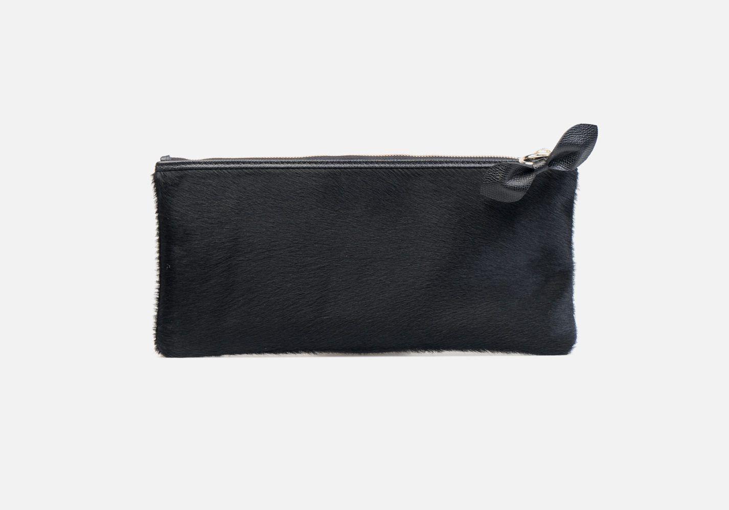 Cartera de mano en piel de vacuno en color negro - Frontal modelo Frederic en color negro
